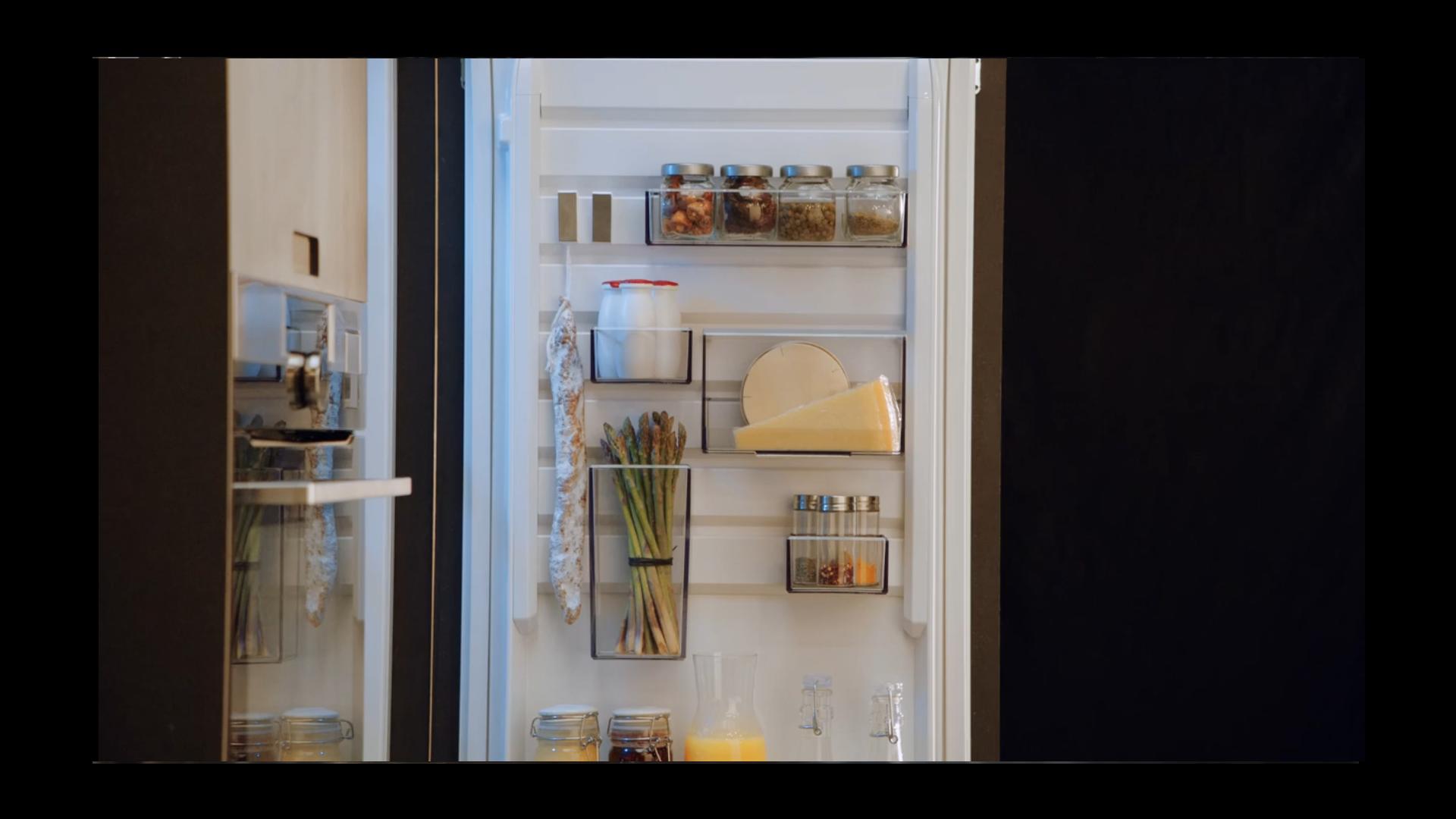 Aeg Kühlschrank Kundendienst : Aeg kühlschrank mit customflex siemens bosch miele
