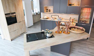 Bosch Kühlschrank Kundendienst : Unser sortiment siemens bosch miele elektrogeräte kundendienst